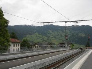 グリンデルワルト駅の景色