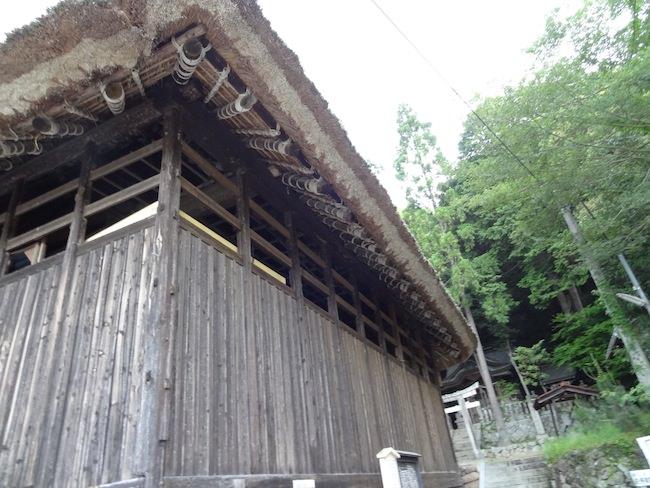 茅葺きの建物