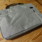 cheero Laptop Bag(CHE-903-LG)がMacbookAirを入れても軽い!