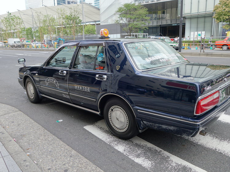 東京駅までタクシー